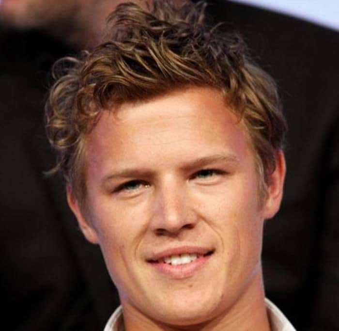 Christopher Egan Height Age Weight Wiki Biography & Net Worth
