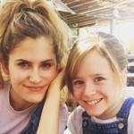 Lulu Wilson with her older sister