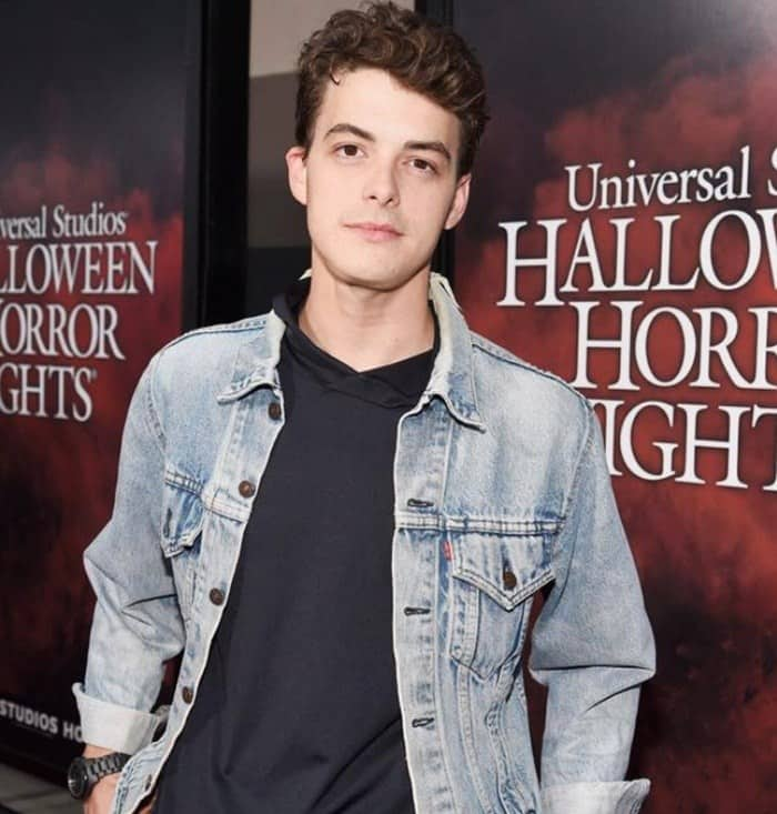 Israel Broussard height in feet