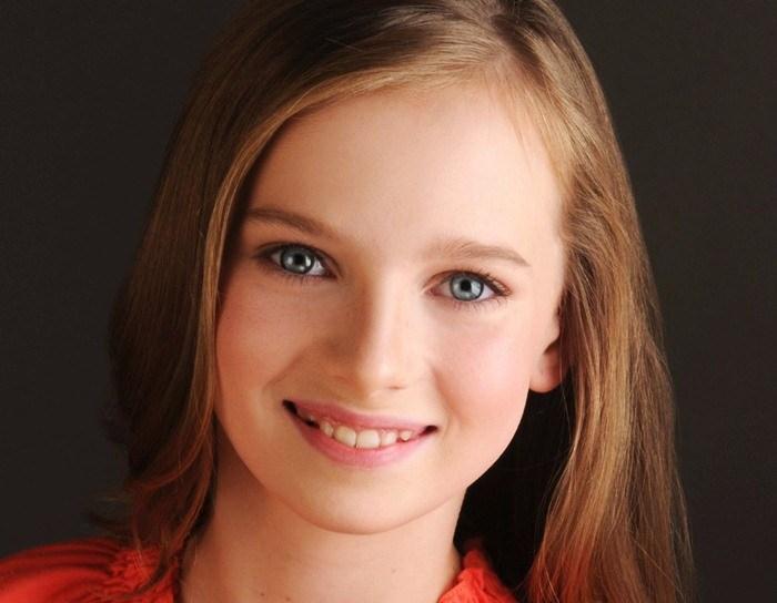 Chloe O'Malley Height Age Weight Measurement Wiki Bio & Net Worth