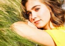 Haley Lu Richardson Height Age Weight Measurement Wiki Bio & Net Worth